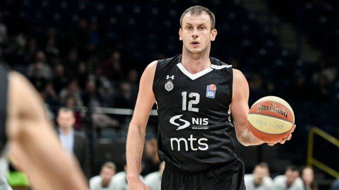 Veličković igrač sa najviše nastupa za KK Partizan 3