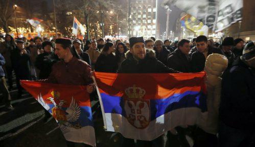 Ispred Crkve Svetog Marka skup podrške vernicima SPC u Crnoj Gori 3