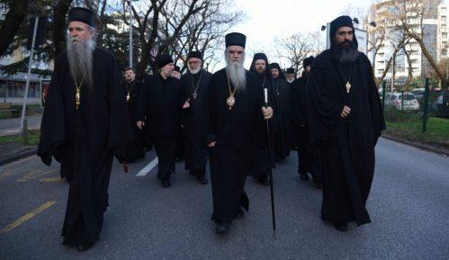 Mitropolija crnogorsko primorska: Tamjanom i molitvom protiv korona virusa 6