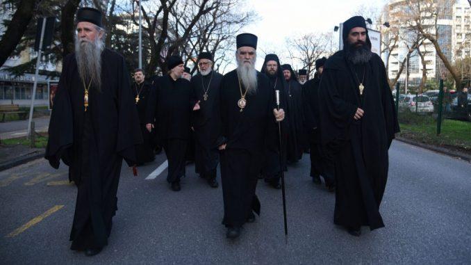 U Crnoj Gori na litijama molitve za obolele i zdravstvene radnike 1
