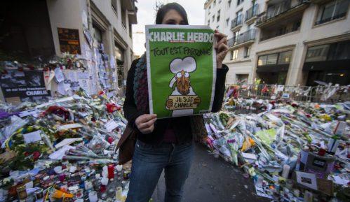 Francuski satirični list Šarli Ebdo napadnut 2015. godine reprintovao karikature Muhameda 4
