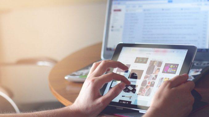 Skoro dve trećine stanovnika EU čita vesti na internetu 3