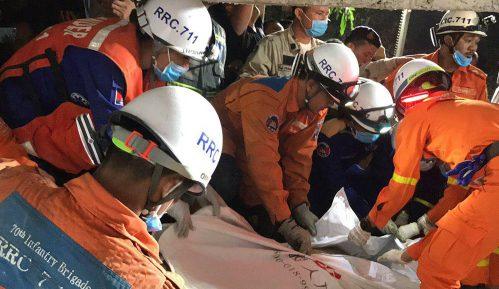 U Kambodži sedmoro poginulo kada se srušila zgrada, 18 radnika povređeno 5