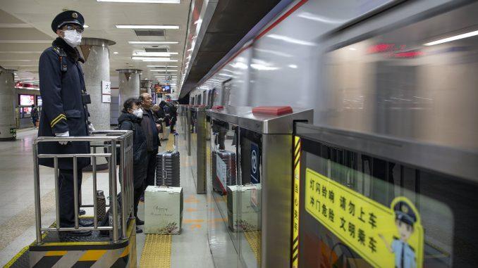 Kina zbog virusa zatvara delove Kineskog zida 3