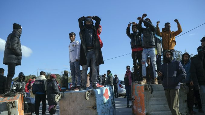 Fronteks: Raste priliv migranata iz Turske u EU 3