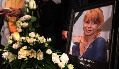 Održana komemoracija povodom smrti Nede Arnerić 3