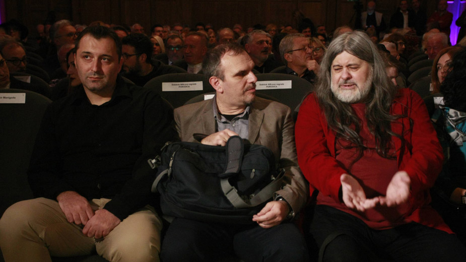 Talasi slobode i neslobode ne prestaju da se izmenjuju u polju Ninove nagrade 1
