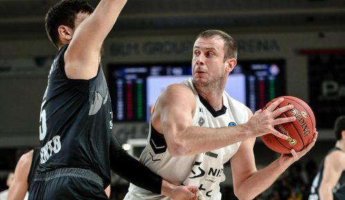Partizan ubedljiv protiv Trenta 12