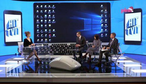 Vučić na Pinku: Smanjenjem cenzusa vratićemo život u parlament 2
