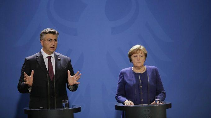 Plenković i Merkel optimisti po pitanju pregovora Albanije i Severne Makedonije sa EU 3