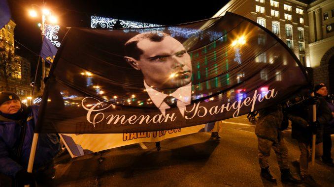 U Kijevu parada baklje u znak sećanja na nacionalistu Stepana Banderu 1