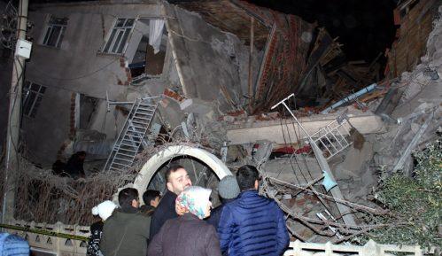 Zemljotres u Turskoj, stradala najmanje 21 osoba 5