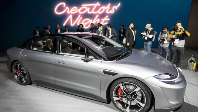 Sony predstavio svoj prvi - automobil! 1
