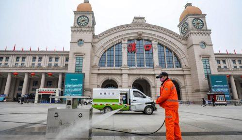 """Kina optužuje SAD da """"seje paniku"""" zbog korona virusa 13"""