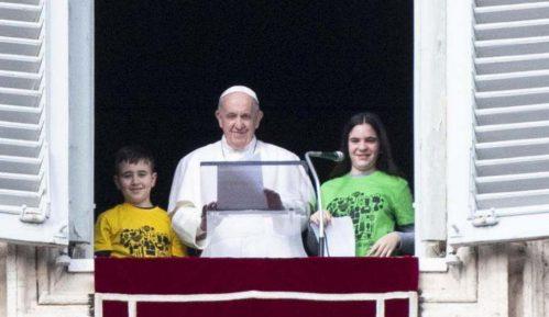Papa o holokaustu: Neka svako u svom srcu zabeleži reči - Nikada više 2
