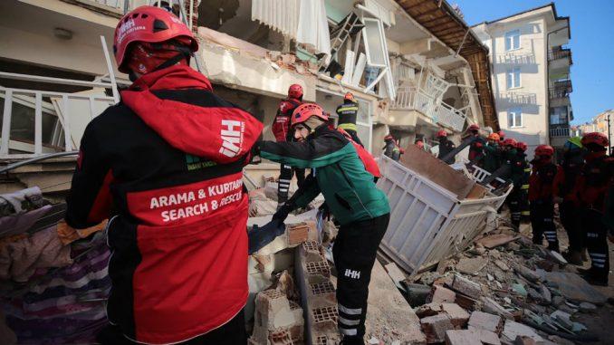 Broj mrtvih u zemljotresu u Turskoj porastao na 31 4
