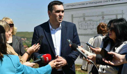 Nikolić: Najveći broj zaraženih u Kragujevcu su mladi ljudi, od 17 do 35 godina 8