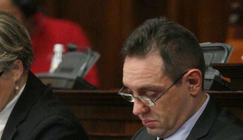 Ministarstvo odbrane: Zlonamerna i naručena kampanja protiv Aleksandra Vulina 5