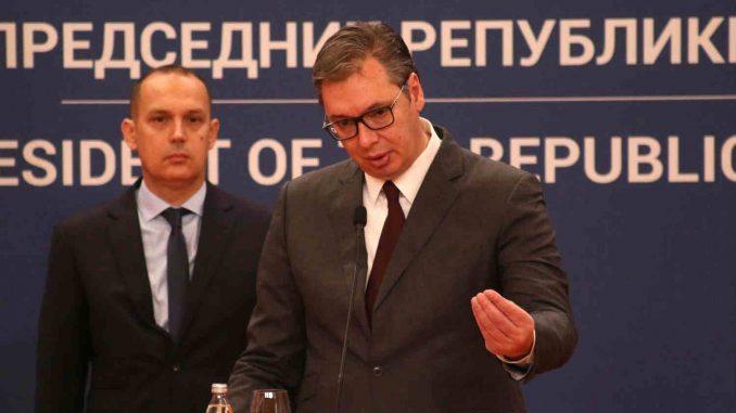 Stojanović: Vlast pravi neprijatelje od Crnogoraca 1