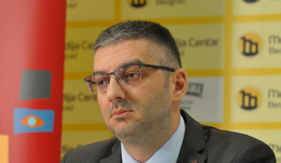 Advokat za N1: Baričević bio obavešten da je ročište protiv Šešelja zakazano za 22. decembar 12