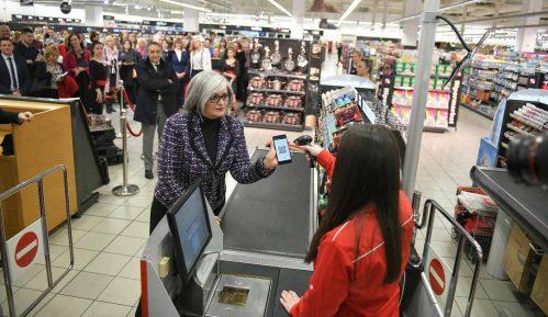 Umesto keša i kartice - plaćanje mobilnim telefonom 15
