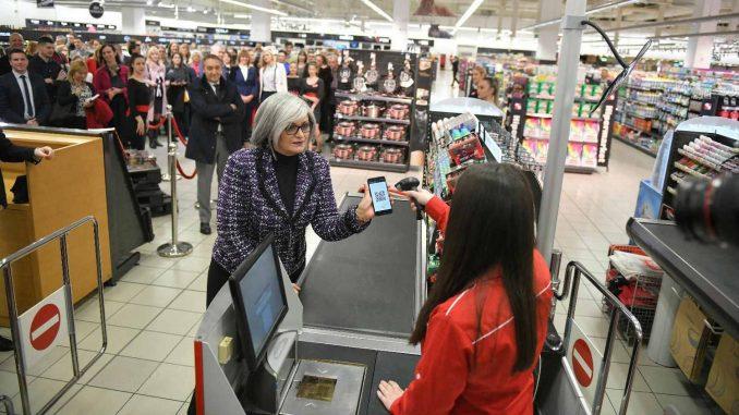Umesto keša i kartice - plaćanje mobilnim telefonom 4