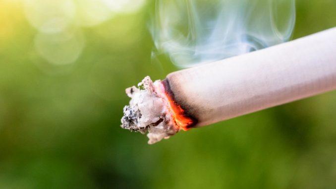 Mladi i cigarete: Da li treba zabraniti kupovinu cigareta mlađima od 21 godine 4