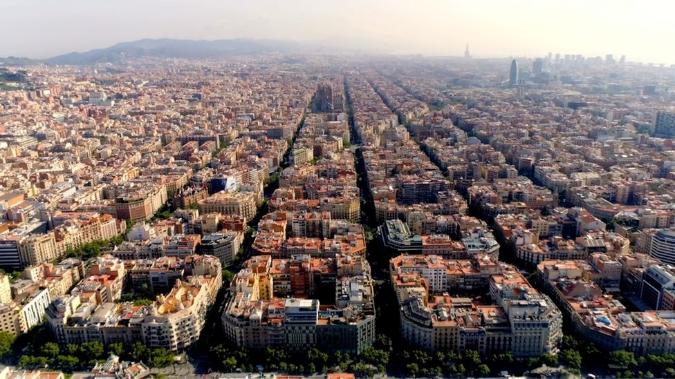 An aerial view showing the block system in Barcelona's Eixample district