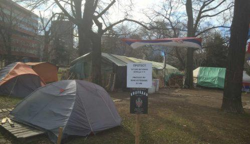 Bez rešenja u Pionirskom parku 15
