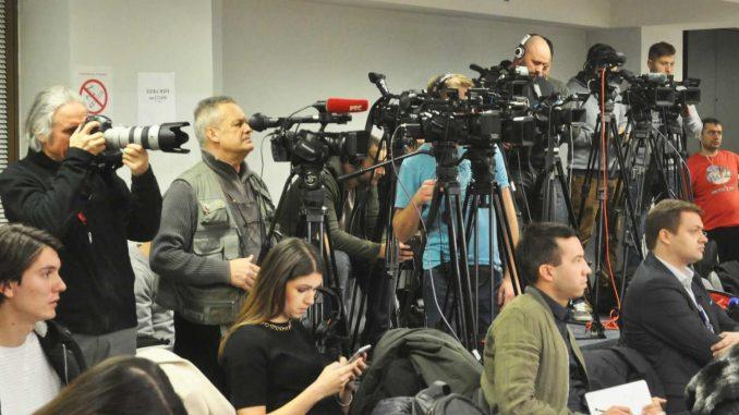 UNS upozorava da raste broj napada na novinare u Srbiji 3