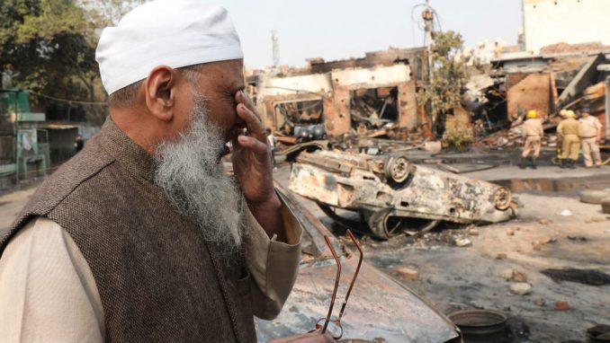 Desetine mrtvih u neredima u Indiji 1