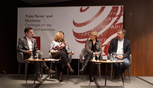 Političari kreiraju lažne vesti i tako zaobilaze posrednike - novinare 6