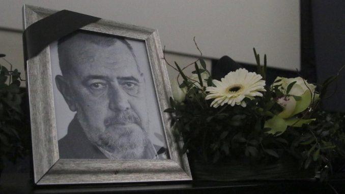 """Održana komemoracija Žarkoviću: """"Bio je brana primitivizmu, neznanju i prostakluku"""" 4"""
