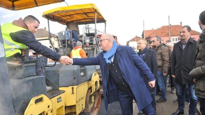 Vesić: Tri miliona evra za vodovod u Leštanu, Vinči i Kaluđerici 2