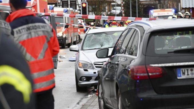 Od 35 hospitalizovanih u Nemačkoj posle karnevalske nesreće, polovina su deca 2