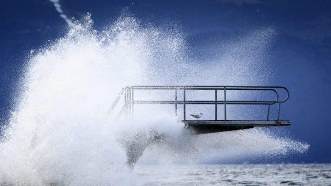 Dve osobe poginule, jedna se vodi kao nestala u oluji u Grčkoj 3