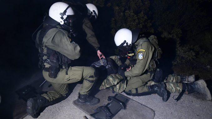 Grčka zaoštrila graničnu kontrolu zbog virusa i migranata 2