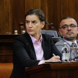 Brnabić: Bivša vlast bi Komercijalnu banku prodala za 100 miliona evra 15