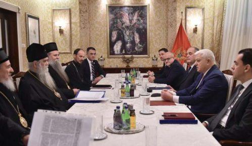 Sastali se crnogorski premijer i mitropolit Amfilohije 12
