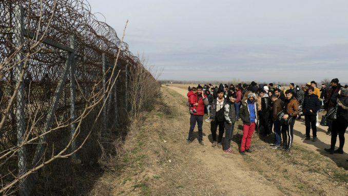 Stotine migranata blokirano u tampon zoni između Grčke i Turske 1