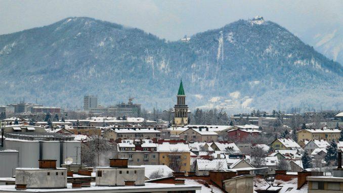 Vlada proglasila stanje epidemije Kovid-19 u celoj Sloveniji 1