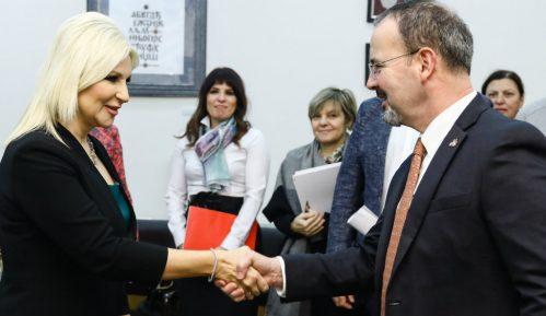 Mihajlović: Infrastruktura najbolji način povezivanja regiona 15