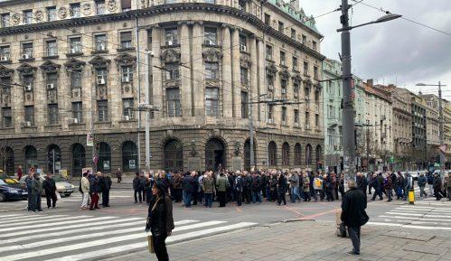 Penzioneri i bivši radnici PKB prete blokadom Beograda ako im država ne isplati nadoknadu za akcije 15