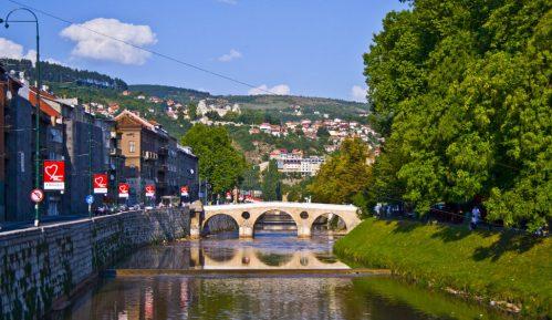 U Sarajevu danas protestna povorka u znak podrške Bošnjacima u Crnoj Gori 6
