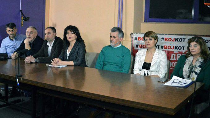 Tribina Saveza za Srbiju u Užicu: Bojkot odgovor na poniženja građana 3