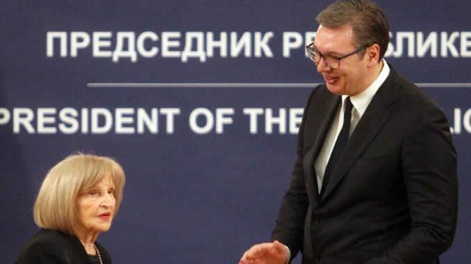 Vučić uručio Sretenjska odlikovanja 3