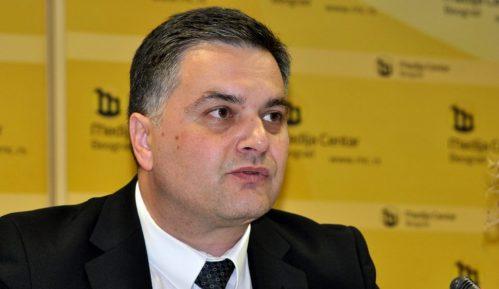 Sekretar u Ministarstvu građevine saslušan, negirao optužbe 2