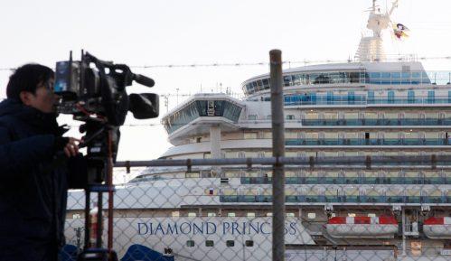 Britanija vraća svoje državljane sa kruzera u karantinu u luci u Japanu 14