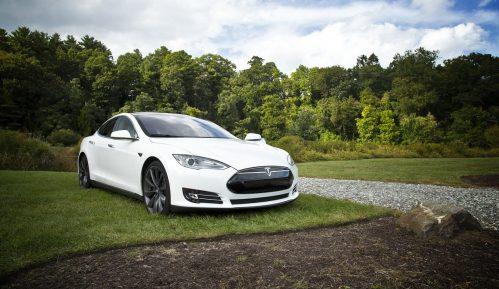 Najviše automobila u svetu obojeno belom bojom 8
