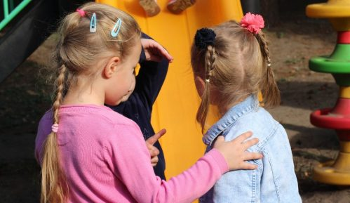 Kipar: Deca da imaju pravo na šetnju kao i kućni ljubimci 3